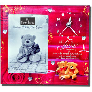 love photo frame with clock