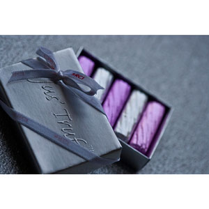 mini logs favor box set of 50 premium chocolates