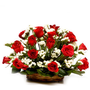 red roses cane basket step of friendship