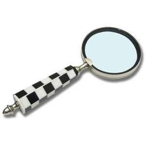 round chess lens gift