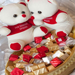 two hugging bears basket premium chocolates